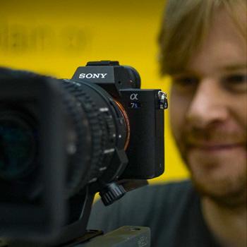 Kameramann bei der Aufnahme